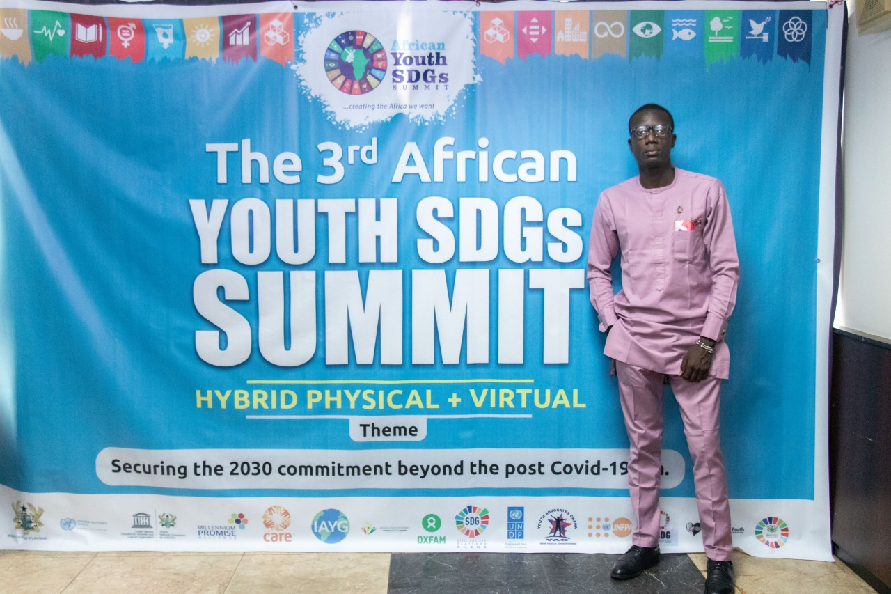 Damilare Oyedele, IFLA Representative and Library Aid Africa CEO, at the 3rd African Youth SDGs Summit